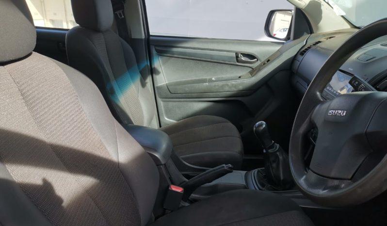 2014 Isuzu KB2400i LE Double Cab full